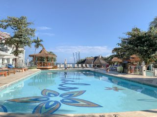 Swimming pool Sandals Montego Bay
